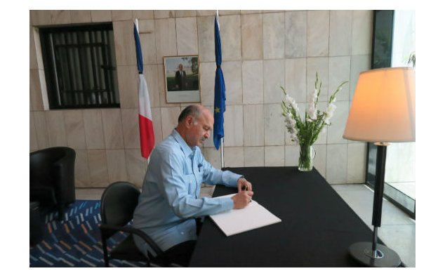 Senator Mushahid Hussain Syed, signing condolence book at the French Embassy, Islamabad on 19 July 2016.