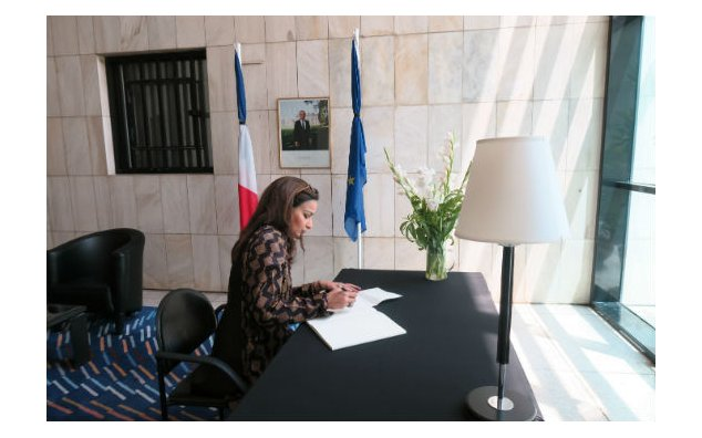 Senator Sherry Rehman, signing condolence book at the French Embassy, Islamabad on 22 July 2016.