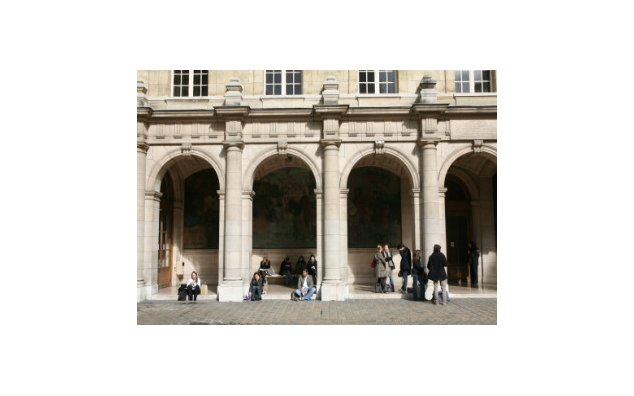Students in the courtyard of the Sorbonne, a public higher education institution, Latin Quarter, Paris