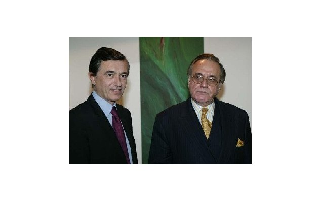 Visit to Pakistan by Mr. Philippe Douste-Blazy, French Minister for Foreign Affairs: Meeting with Mr. Khurshid Kasuri, Minister for Foreign Affairs of the Islamic Republic of Pakistan (Islamabad). 19.11.2005