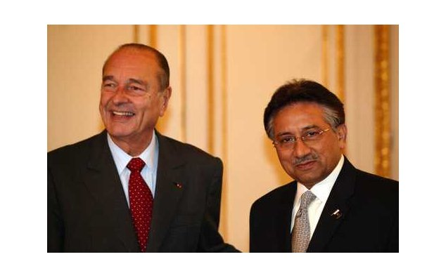 Meeting between President Jacques Chirac and President General Pervez Musharraf, President of the Islamic Republic of Pakistan (Elysée, 08.12.2004)